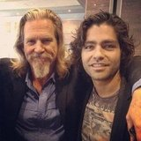 Adrian Grenier met up with Jeff Bridges at the DNC.  Source: Instagram user adriangrenier