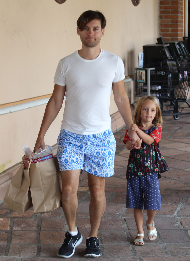 Ruby Maguire accompanied dad Tobey Maguire on a shopping trip in LA.