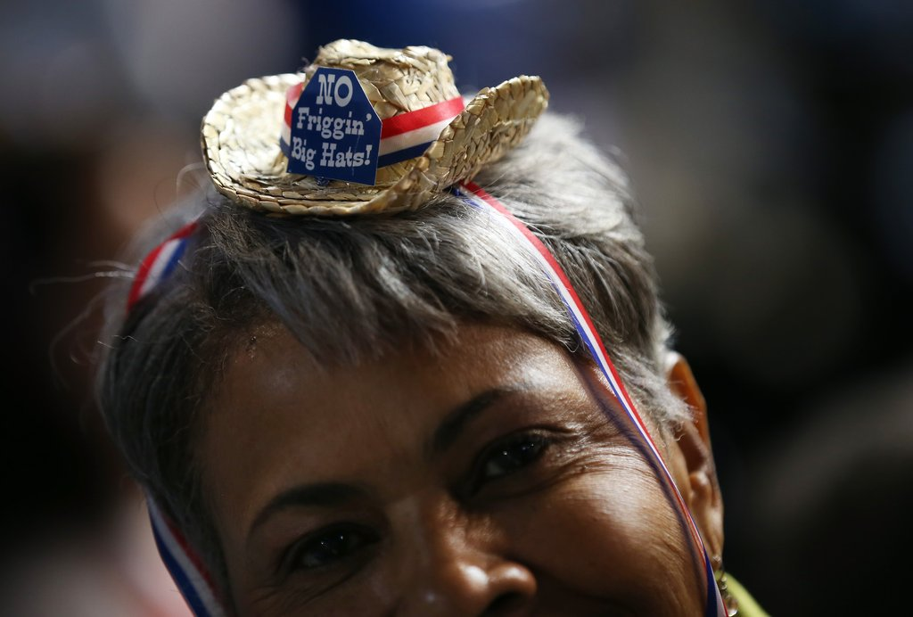 A woman wore a minihat inside the DNC.