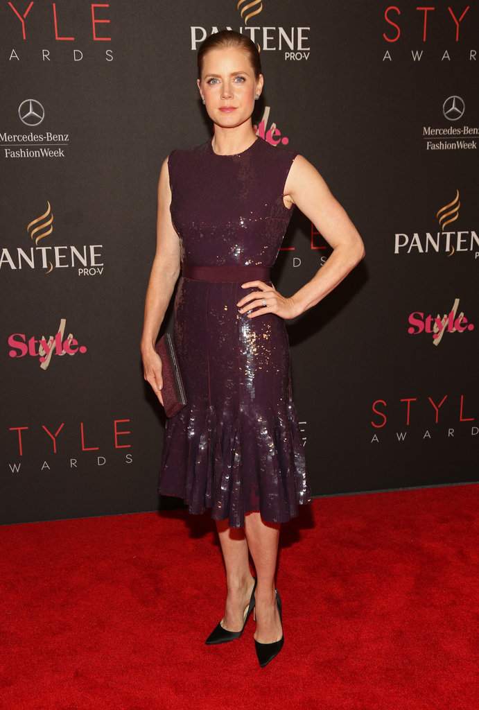 Amy Adams walked the Style Awards red carpet in a sequined burgundy Giambattista Valli Spring 2012 Couture cocktail dress.
