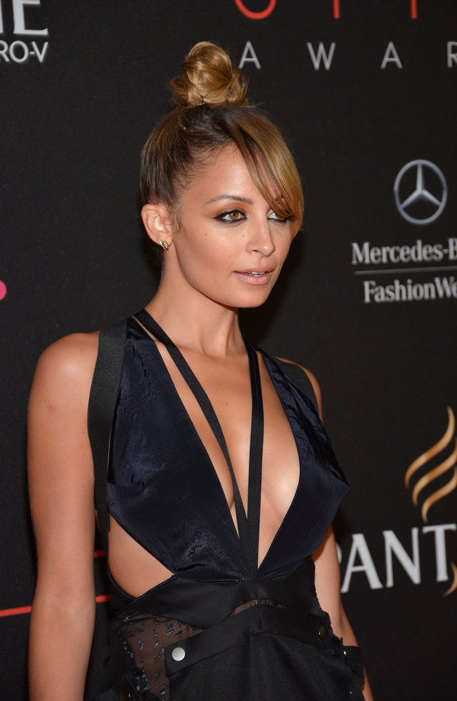 Nicole Richie wore a sexy dress for the Style Awards in NYC.