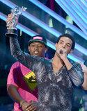 Drake picked up a moon man at the VMAs.