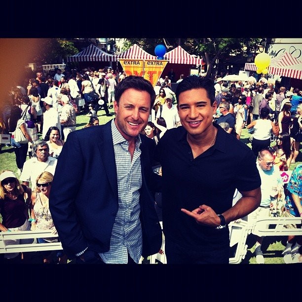 Bachelor Pad host Chris Harrison chatted with fellow host Mario Lopez on the Extra set. Source: Instagram user chrisbharrison
