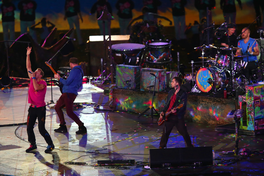 Chris Martin gave a performance with Coldplay for the London Paralympics closing ceremony.