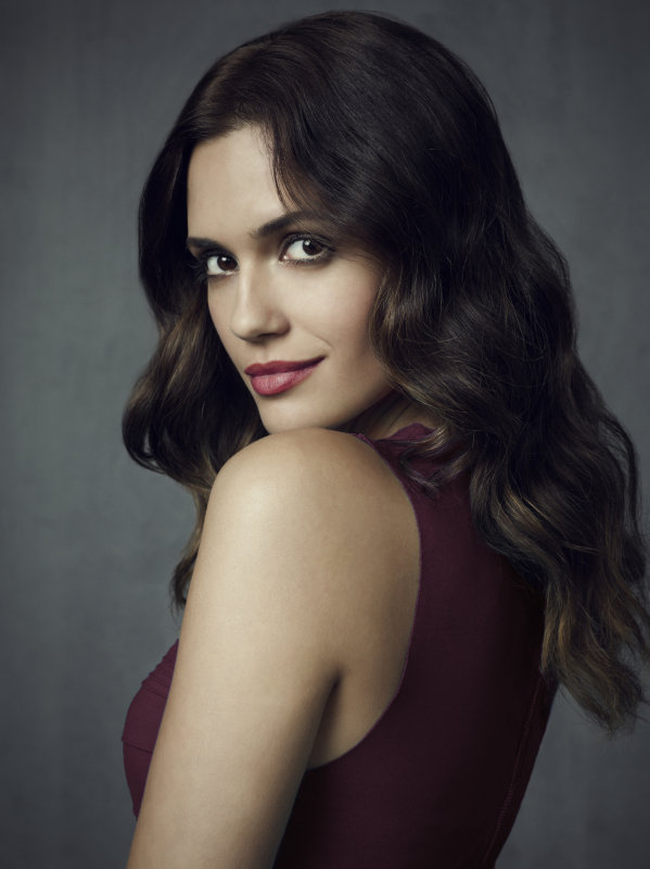 Torrey DeVitto as Meredith on season four of The Vampire Diaries.