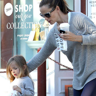 Jennifer Garner and Seraphina Affleck Get Breakfast Pictures