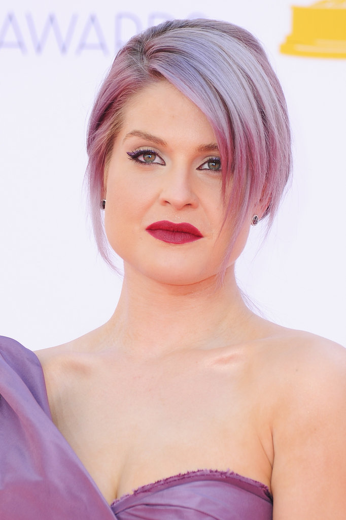 Kelly Osbourne pulled her purple hair up for the big night.