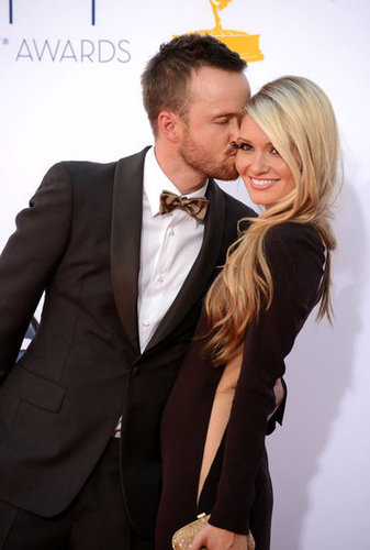 Aaron Paul gave his fiance, Lauren Parsekian, a kiss.