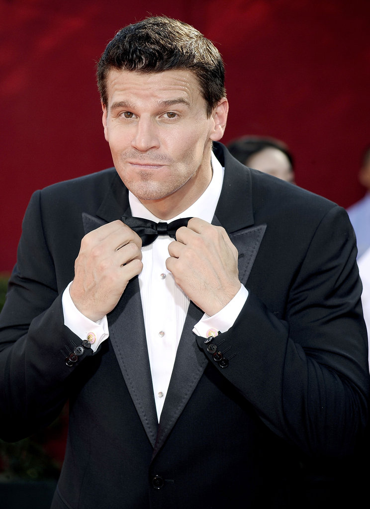 David Boreanaz perfected his bow tie before heading inside LA's Nokia Theatre in 2009.