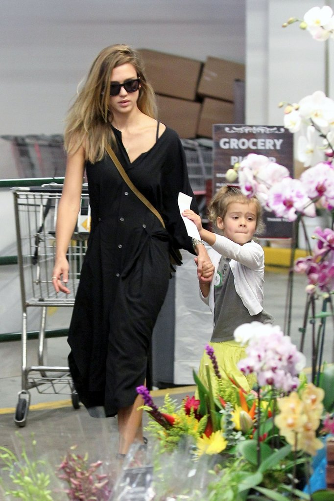 Jessica Alba and Honor Warren ran errands.