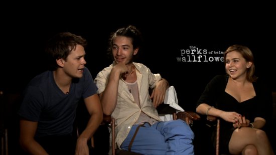 Mae Whitman, Ezra Miller and Johnny Simmons Talk Bonding on the Perks Set