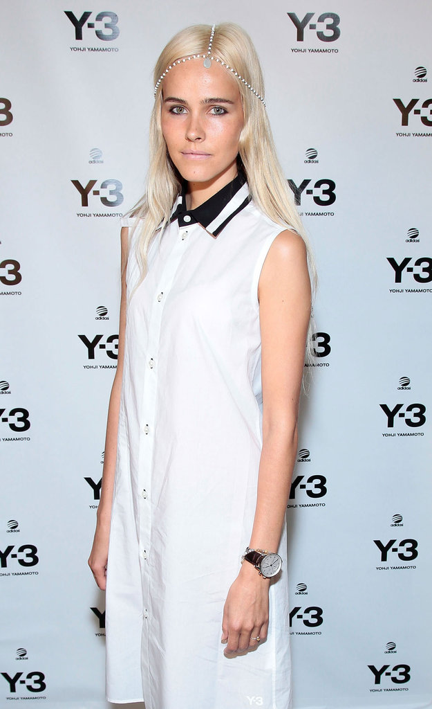 Isabel Lucas's unconventional collar played opposites against a crisp, white shirtdress.