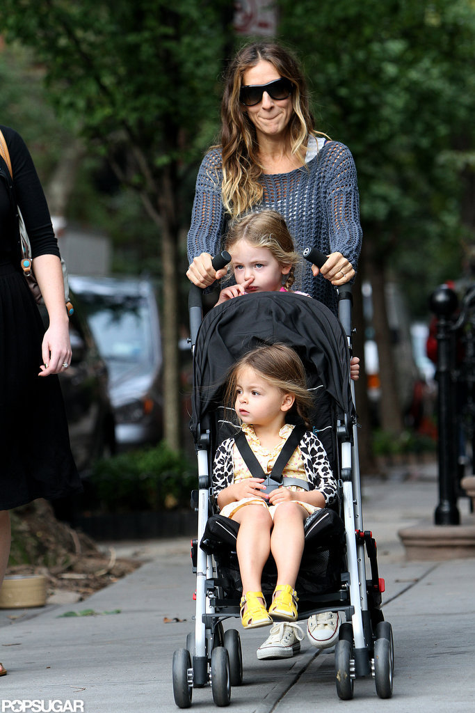 Sarah Jessica Parker made her way down the street with the twins.