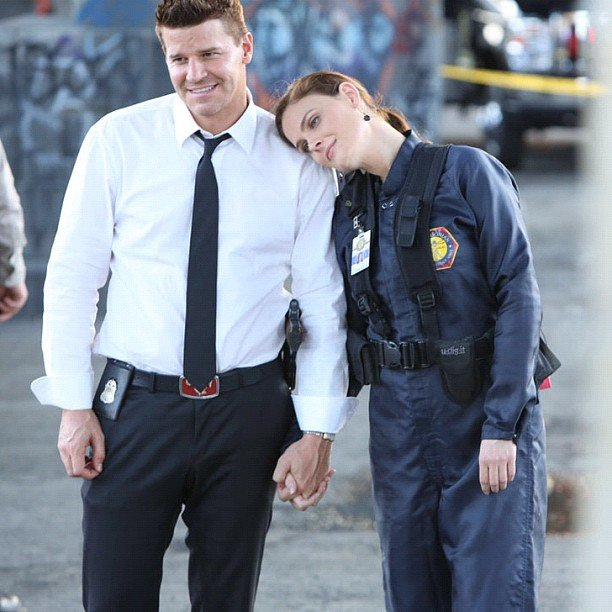 Emily Deschanel and David Boreanaz took a breather between Bones takes. Source: Instagram user foxbroadcasting