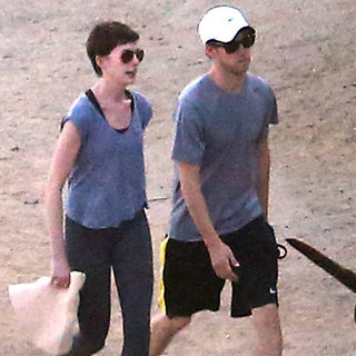 Anne Hathaway Hikes Runyon Canyon | Pictures