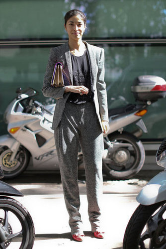 Caroline Issa showed off easy suiting.