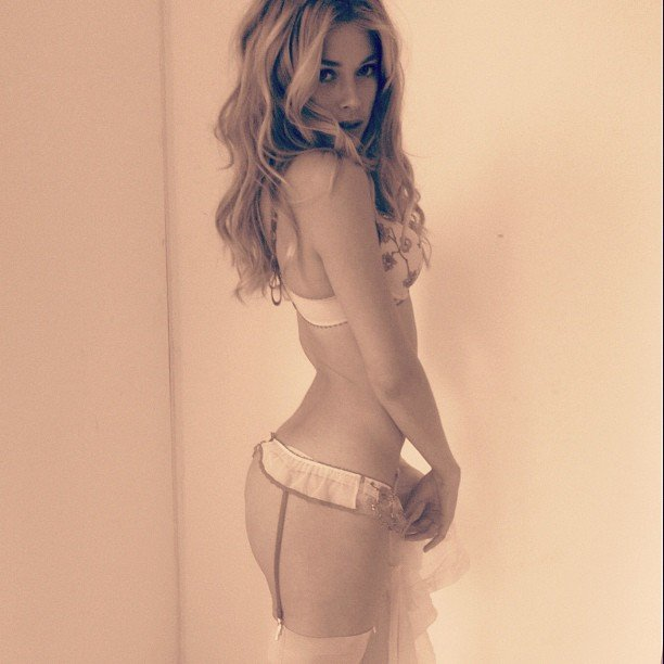 Doutzen Kroes. Victoria's Secret Angel. Makes sense, no? Source: Instagram user doutzenkroes1