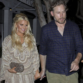 Jessica Simpson on a Date With Eric Johnson and Friends