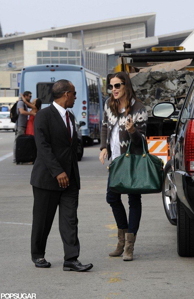 "Jennifer Garner Travels to NYC and Talks ""Sweet, Mellow"" Samuel"