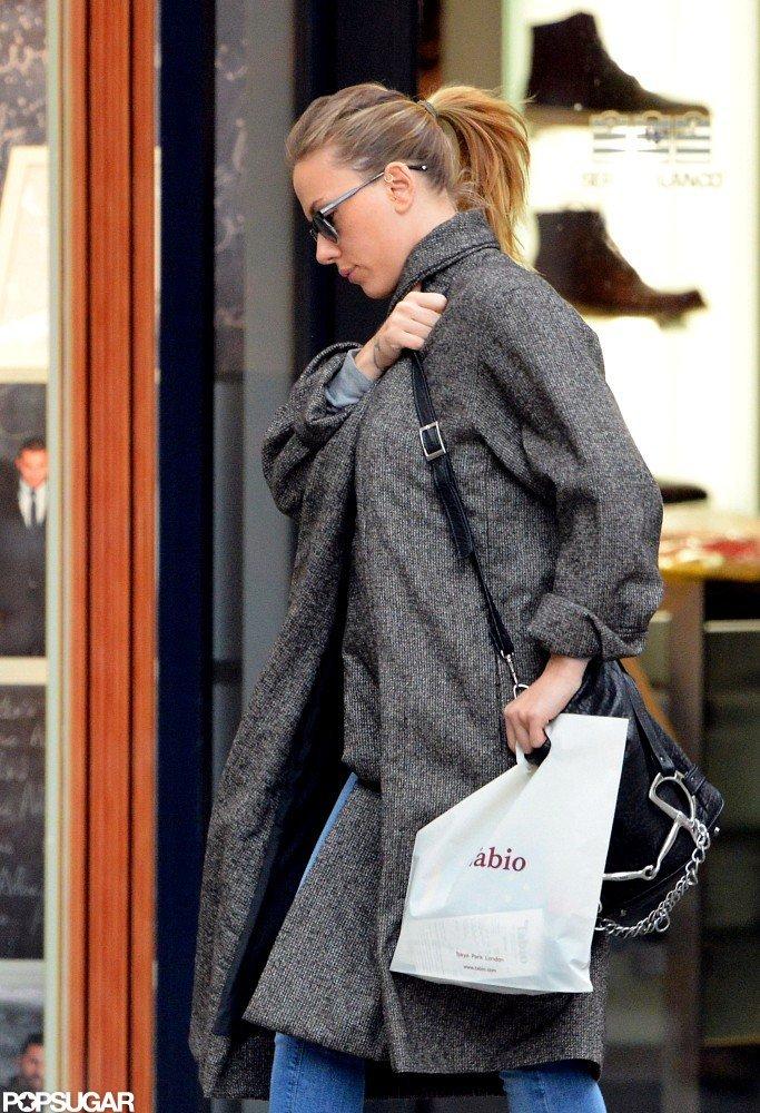 Scarlett Johansson Wraps Up a Parisian Shopping Spree