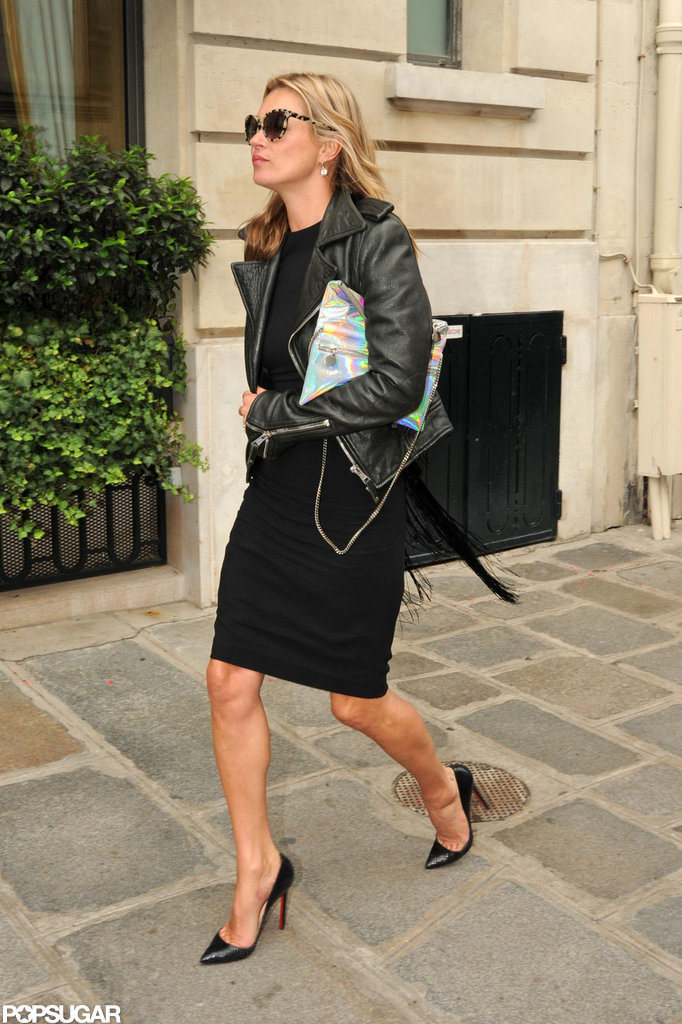 Kate Moss rocked black pumps.