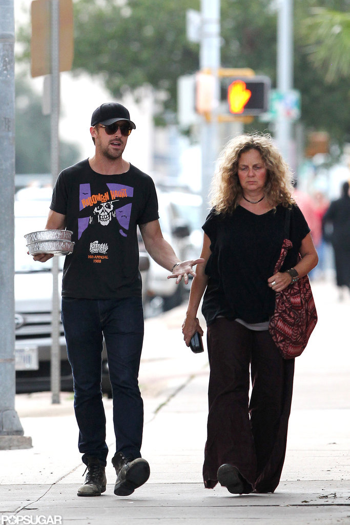 Ryan Gosling entertained his mom in Austin.