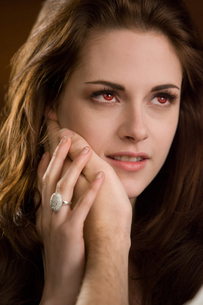 Bella and Edward Snuggle Up in New Breaking Dawn Part 2 Pictures!