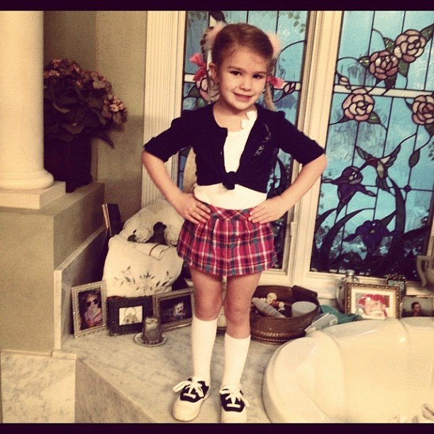 Jamie Lynn Spears shared a photo of her little one, Maddie, dressed up as her Aunt Britney. Source: Instagram user jl777