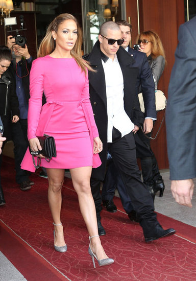 Jennifer Lopez left her Paris hotel with Casper Smart.