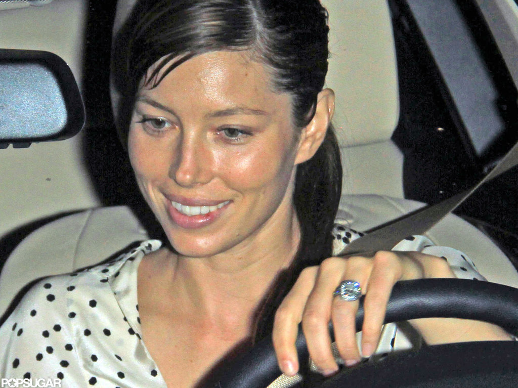 Jessica Biel showed off her engagement ring.