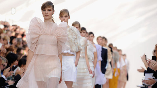 Chloé Celebrates 60 With a Crisp, Flirty Spring '13 Collection