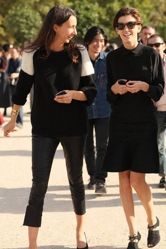 These two played it cool in basic palettes with subtle intrigue, like leather pants and a fluted skirt.