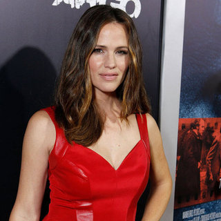Jennifer Garner and Ben Affleck at Argo LA Premiere Pictures