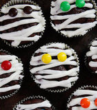 Low-Fat Mummy Cupcakes