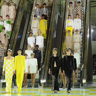 Pictures and Review of Louis Vuitton Spring Summer Paris Fashion Week Runway Show