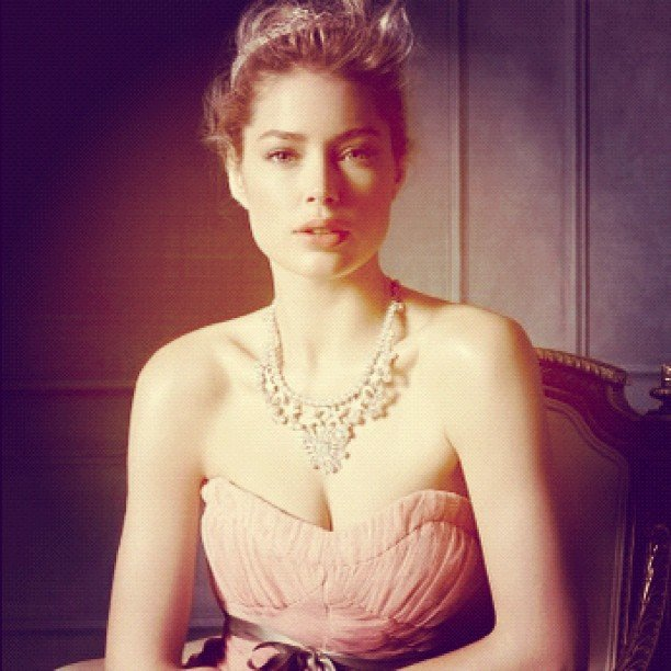 Doutzen Kroes showed off some stunning Tiffany & Co. jewels. Source: Instagram user doutzenkroes1
