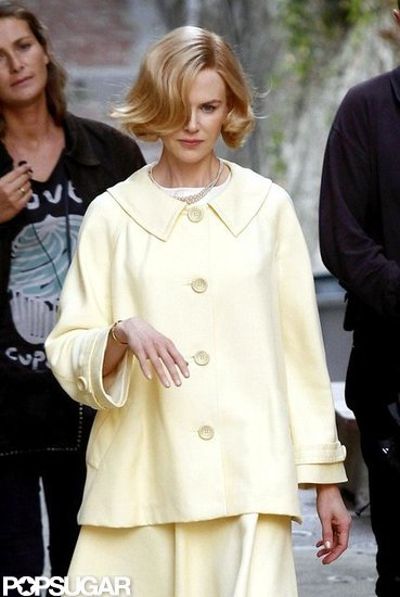 Nicole Kidman got into character as Grace Kelly on set in France.