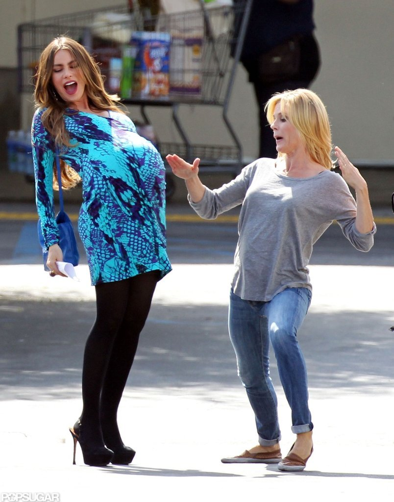 Sofia Vergara and Julie Bowen clowned around on the set of Modern Family.