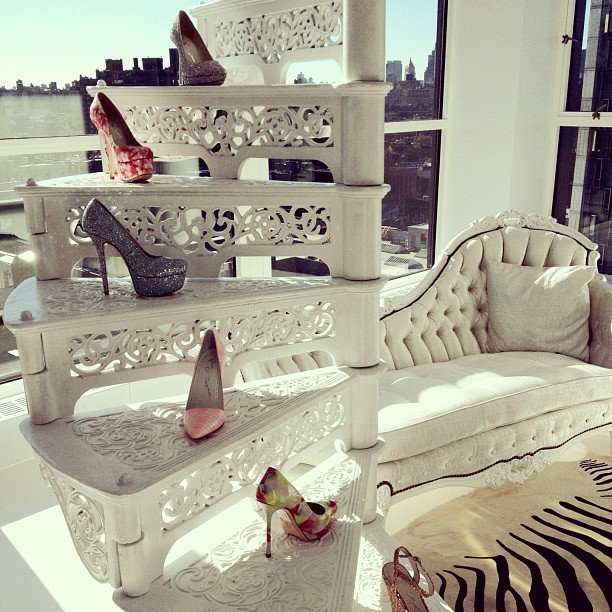 Alice + Olivia, shoes, and sun — could we ask for more?