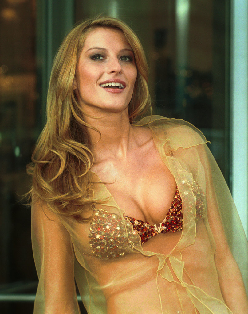 2000: The Red Hot Fantasy Bra