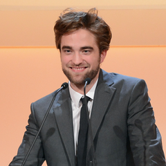 Robert Pattinson at Elle Women in Hollywood Awards (Video). Last night's ...