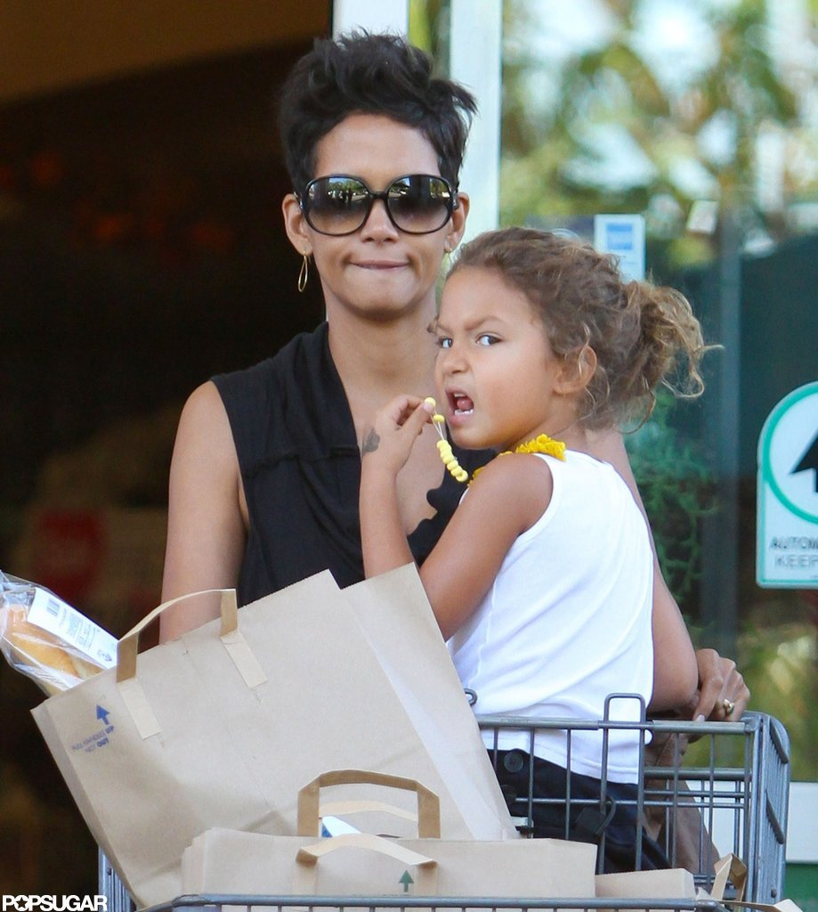 """Hopeless Romantic"" Halle Berry Dishes on Her ""Life of the Party"" Fiancé"
