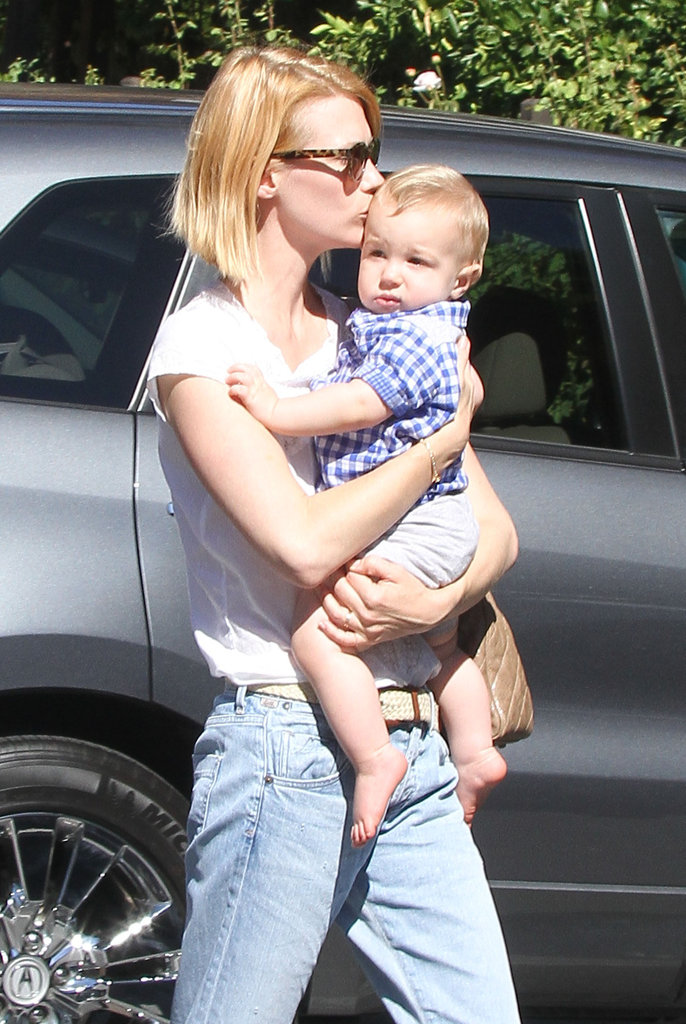 January Jones grabbed lunch with her baby boy, Xander Jones, in Pasadena.