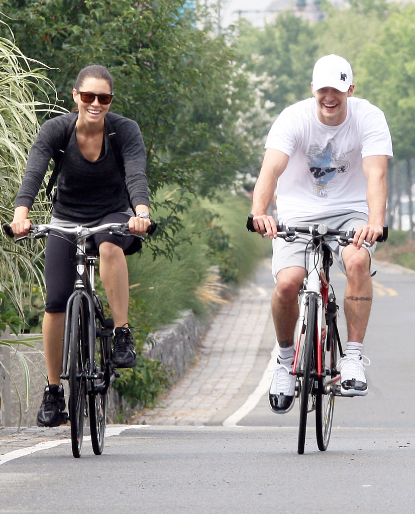 Jessica Biel and Justin Timberlake rode bikes around NYC side by side in July 2010.