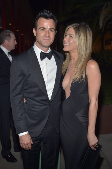 Jennifer Aniston Shows Skin For a Night Out With Justin and Friends