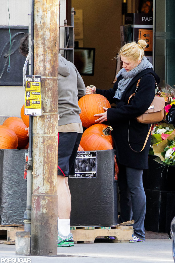 Claire Danes went pumpkin shopping with husband Hugh Dancy in Toronto.