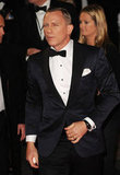Daniel Craig wore a tux to Skyfall's London premiere.