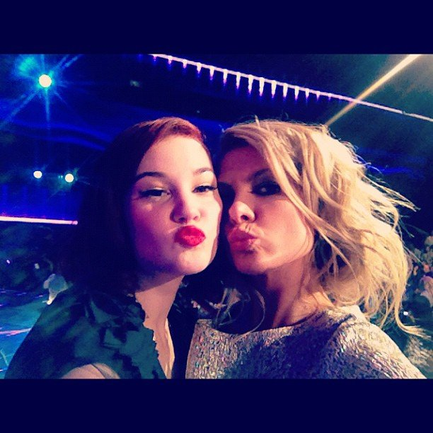 "Bella Ferraro and her mentor Natalie Bassingthwaighte puckered up after Bella's performance of ""Shake It Out"" by Florence + the Machine. Source: Instagram user natbassingthwaighte"