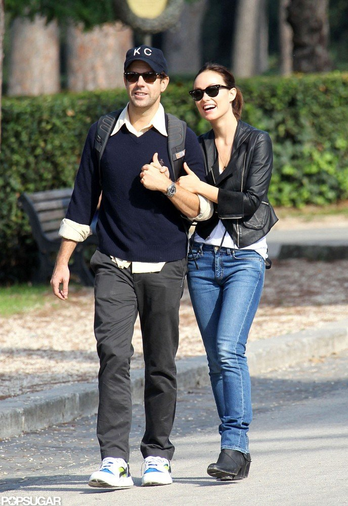 Olivia Wilde and Jason Sudeikis kept things casual as they took a romantic walk in Rome.