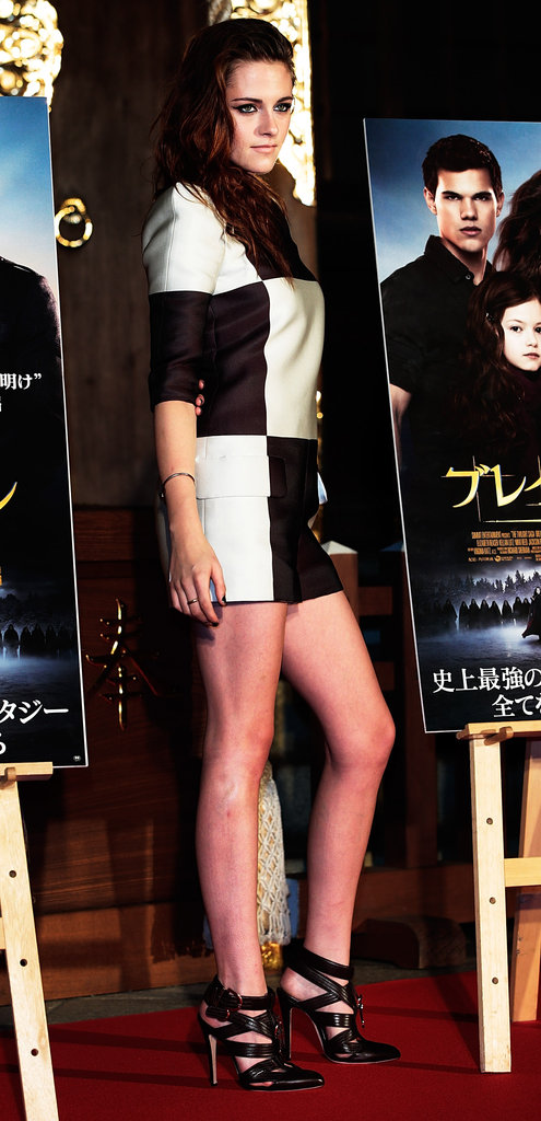 Kristen Stewart wore a black-and-white jumpsuit in Japan.